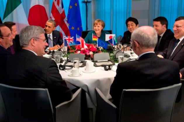 Лидеры G7 решили пока не применять  санкции к России