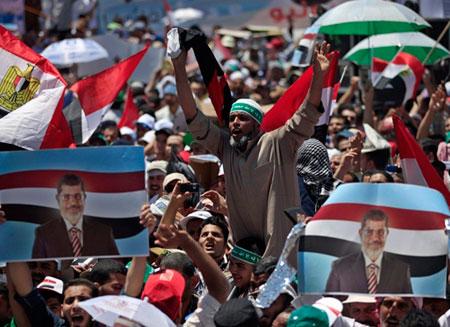 В Египте начались массовые акции в поддержку Мурси