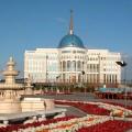 Среди кандидатов на пост президента Казахстана одна женщина