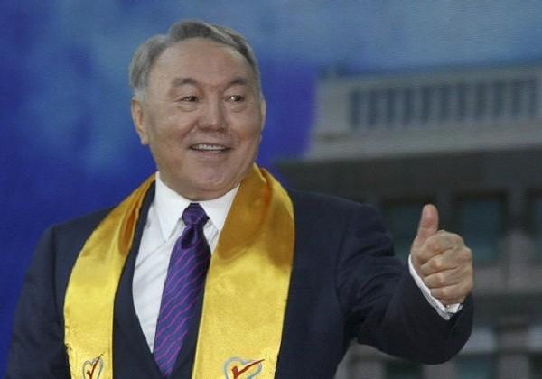 Лукашенко наградил Нурсултана Назарбаева орденом Дружбы народов