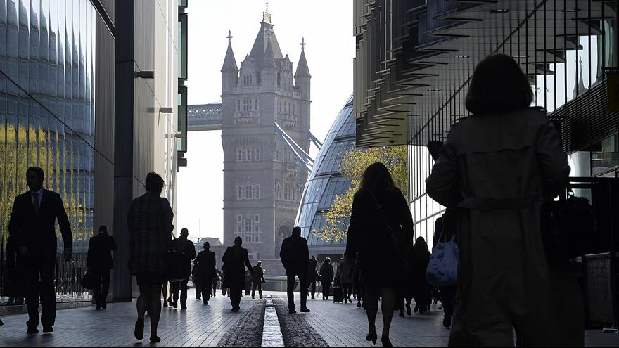 "Картинки по запросу ""картинки  безработица  в  великобритании"""""