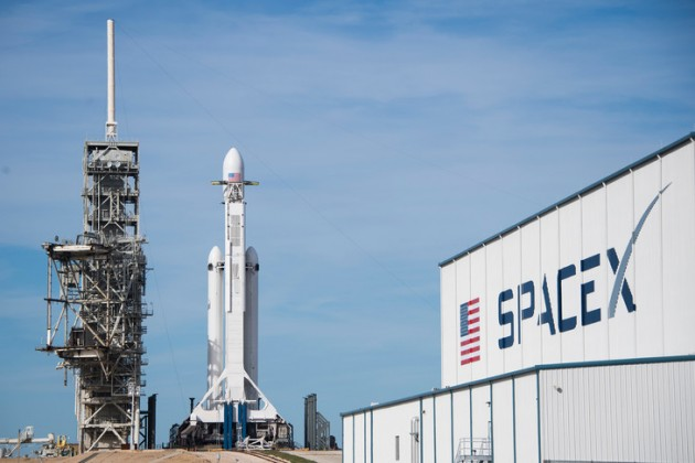 SpaceX на 10% сократит число сотрудников