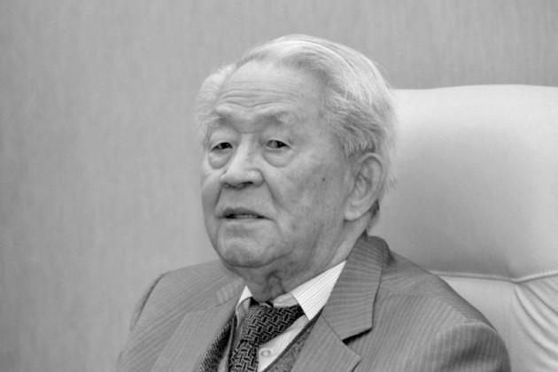 Скончался заслуженный деятель Казахстана Абильфаиз Идрисов