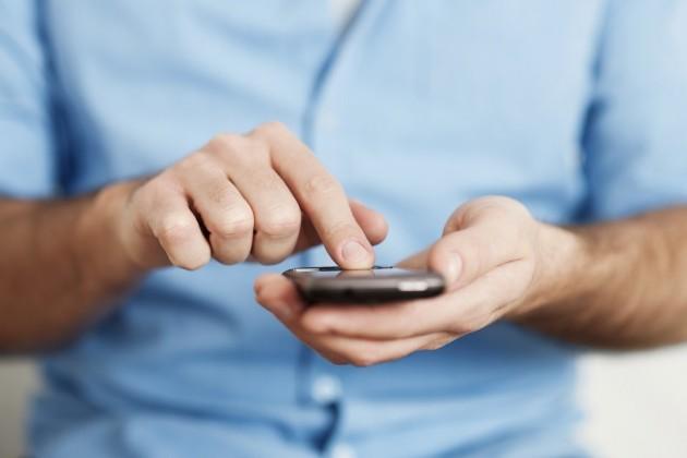 Абоненты activ и Kcell могут оплачивать проезд в автобусах через sms