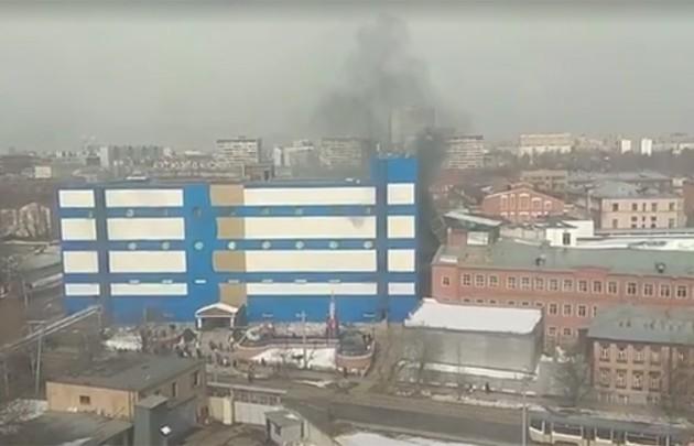 ВМоскве загорелся торговый центр «Персей для детей»