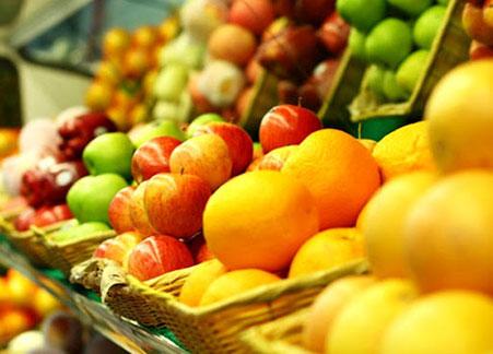 КНР и Кыргызстан кормят Казахстан фруктами