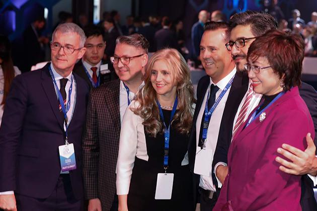Французская компания предложила Казахстану создать собственный Google
