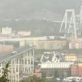 Витальянской Генуе обрушился мост