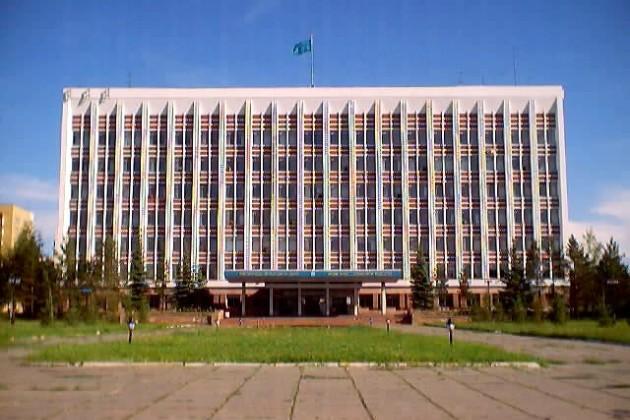 Временно Караганду возглавил Мухтар Адамбеков