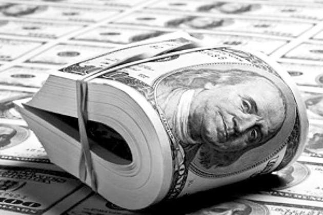 В июле казахстанцы предпочли депозиты в долларах