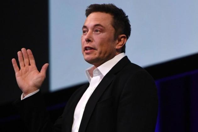 Илон Маск купил акции Tesla почти на10млн долларов