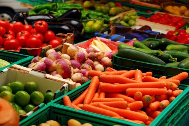 За месяц фрукты и овощи подорожали на 3%