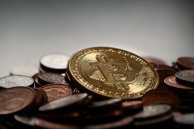 Крах биткоина неспровоцирует мировой финансовый кризис