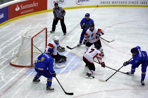 Казахстанские хоккеисты прошли в финал Универсиады