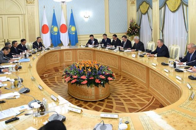 Казахстан и Япония подпишут контракты на $1,5 млрд
