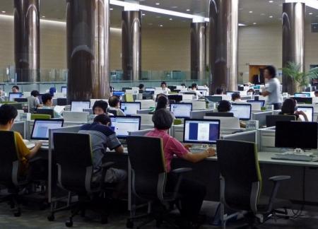 Брендом компании гордятся 49% сотрудников в РК