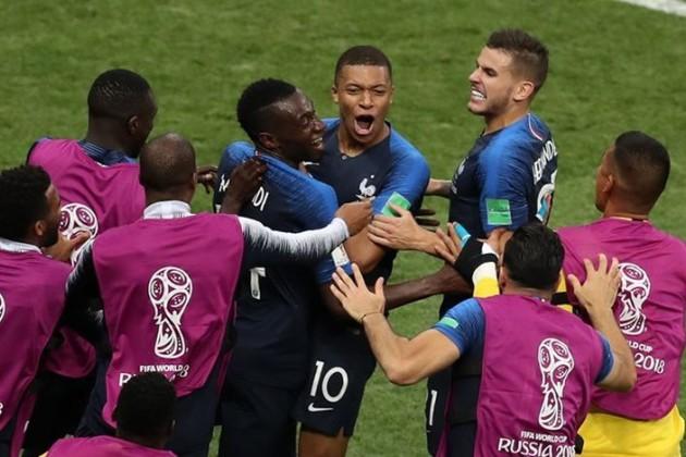 Чемпионом мира пофутболу стала Франция