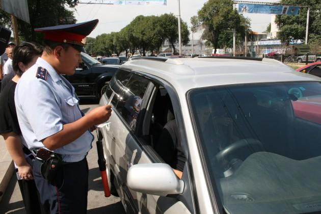 Возобновится проверка кыргызских автомобилей