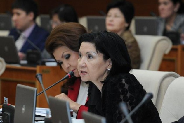 Депутат Мажилиса Гульнар Иксанова подала в отставку
