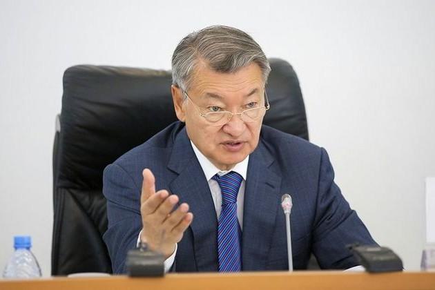 Даниал Ахметов предложил акиму Усть-Каменогорска уволиться