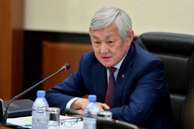 Бердибек Сапарбаев высказался о миграции казахстанцев в столицу