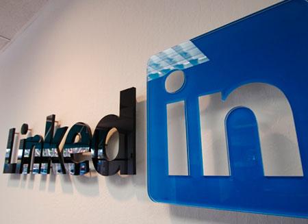 LinkedIn обошла Facebook в рейтинге