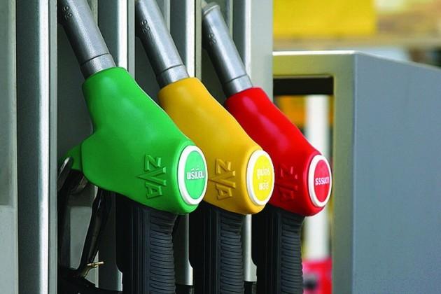 Казахстан сможет экспортировать до1,2млн тонн бензина в2019году