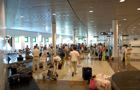 В аэропортах Казахстана усилены меры безопасности