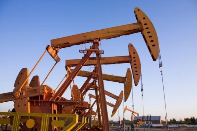Россия согласилась снизить добычу нефти вслед заОПЕК
