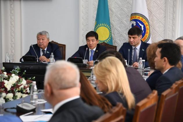 На строительство двух станций метро Алматы направят 2 млрд тенге