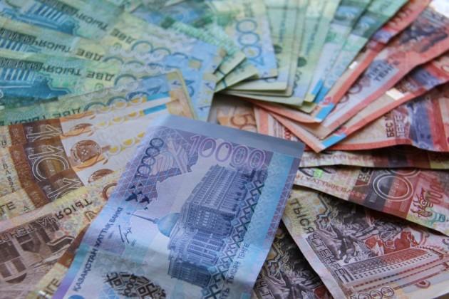 За год тенге по отношению к евро укрепился на 6%