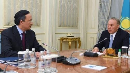 Нурсултан Назарбаев провел встречу сминистром иностранных дел Кайратом Абдрахмановым