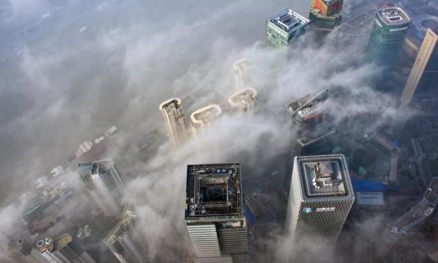 Нью-Йорк требует всуде миллиарды долларов снефтяных компаний