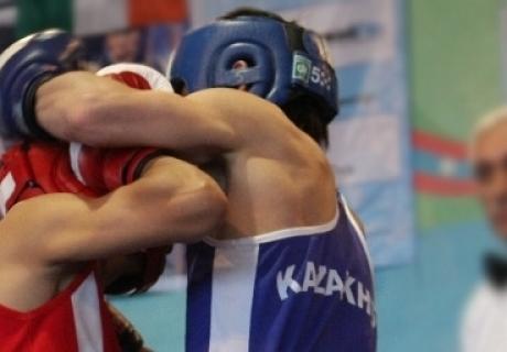 Два казахстанских боксера пробились в финал Универсиады