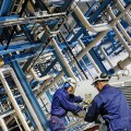 Объемы производства бензина за год выросли на 13%