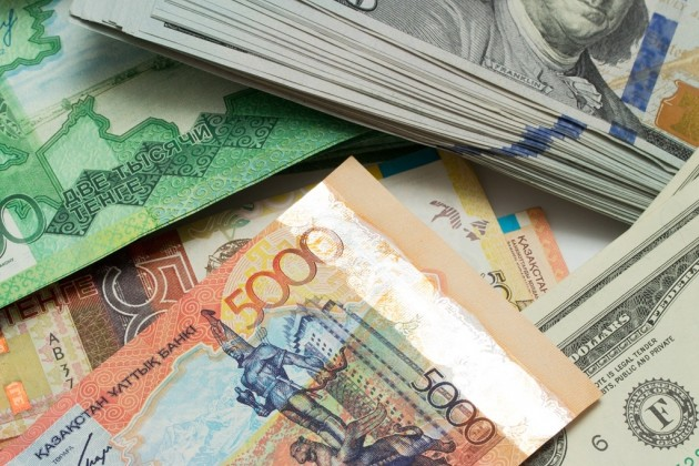 Задень доллар окреп на3,65тенге