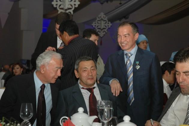Коттеджи иземельные участки Тохтара Тулешева переданы впользу Шымкента