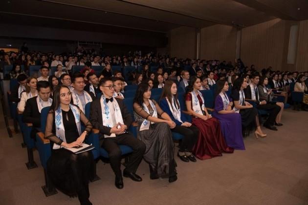 Лучшие студенты страны стали стипендиатами Фонда Первого ПрезидентаРК