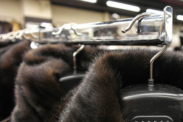 Лидеры индустрии моды оштрафованы за нелегальный импорт