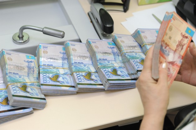 Бизнес возвращает микрокредиты гораздо хуже населения
