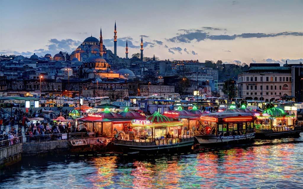 Специалисты оценили потери Турции всфере туризма в $15 млрд