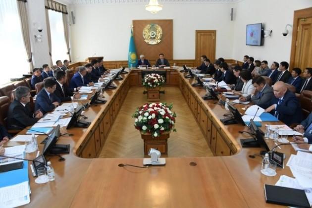 Акимы Алматы и Алматинской области обсудили совместные проекты