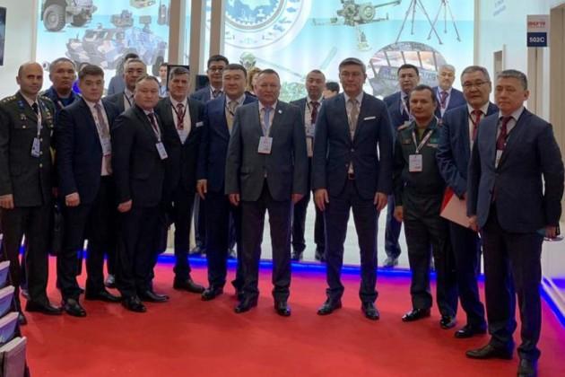 Казахстан будет экспортировать военную продукцию в Турцию