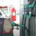 Власти не смогут сдержать цены на бензин