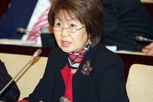 Казахстанцы следят за работой правительства