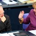 Меркель умалчивает вопрос о новой помощи Греции