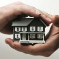 Казахстанцев обяжут страховать жилье