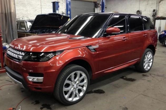 Первые фото Range Rover Sport 2014