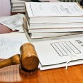 Раскритикована работа судебных исполнителей