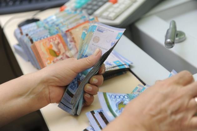 У2млн казахстанцев повысится зарплата